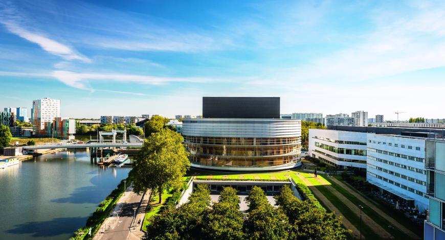 La Cité des congrès de Nantes accueille les JTR depuis le milieu des années 90.