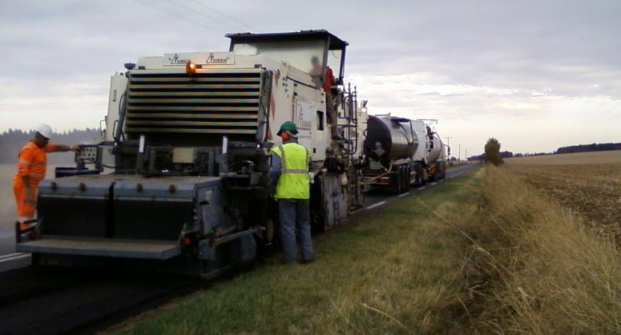 Retraitement en place sur la RD 955 dans le Cher.