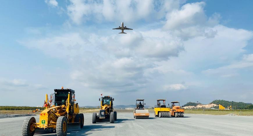 Extension et rénovation de la piste de Sihanoukville au Cambodge.