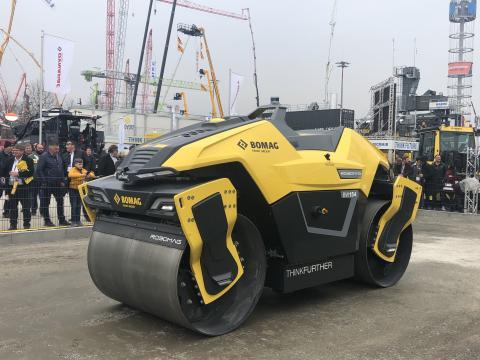 Le Robomag BW154 de Bomag.