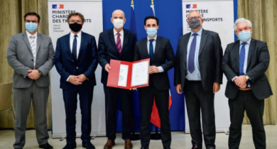 De gauche à droite : Philippe Pons (Syntec-Ingénierie), Bruno Cavagné (FNTP), Yves Krattinger (Idrrim), Jean-Baptiste Djebbari (ministère en charge des Transports), Bernard Sala (Routes de France), Pascal Berteaud (Cerema).