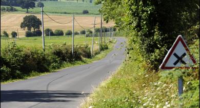 Réfection d'une route départementale (Calvados) par Colas Île-de-France Normandie.