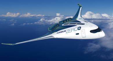 Airbus s'est fixé comme objectif d'être le premier constructeur à atteindre en 2035 le zéro émission avec différents concepts d'avions propulsés à l'hydrogène, dont le Blended-Wing Body (BWB).