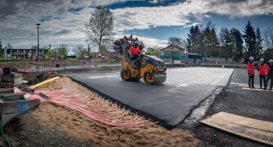 Chantier Power Road à Feurs : 750 m2 de parking équipés.