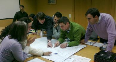 Déroulement d'un atelier Quickscan avec les experts d'Operscut et de Norscut, respectivement exploitant et concessionnaire de l'autoroute A24 dans le Nord du Portugal