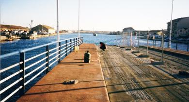 Pont tournant sur le canal, face à la gare de Sète. Étanchéité monocouche asphalte type néophalte pont.